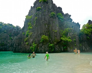 Hidden Beach - Island Hopping El Nido Tour C