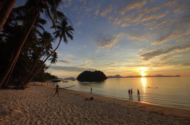 Las Cabanas Beach in El Nido, Palawan