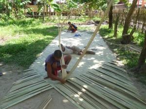 Nipa (traditional roof) making in El Nido CulturalTour