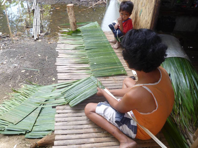 nipa-roof-making.jpg